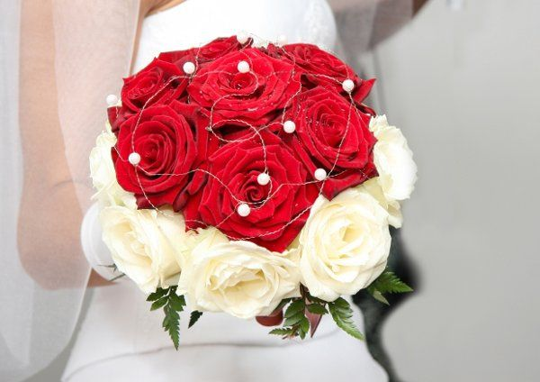 Tmx 1201482455183 Rose%26PearlBouquet Middletown wedding jewelry