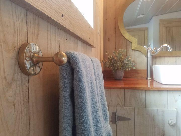 Bridal Loft Bathroom