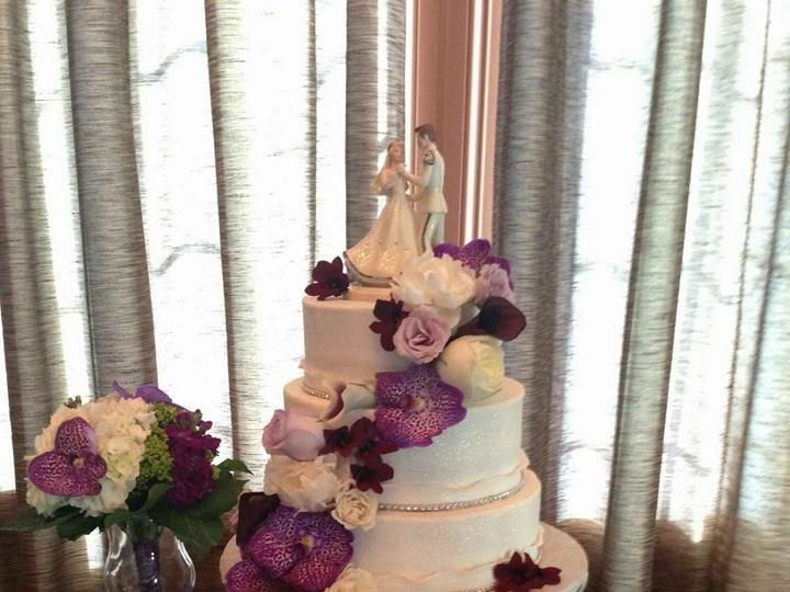 Tmx 1478621569181 112956528109990123113907431798284133812797n Egg Harbor City, New Jersey wedding cake