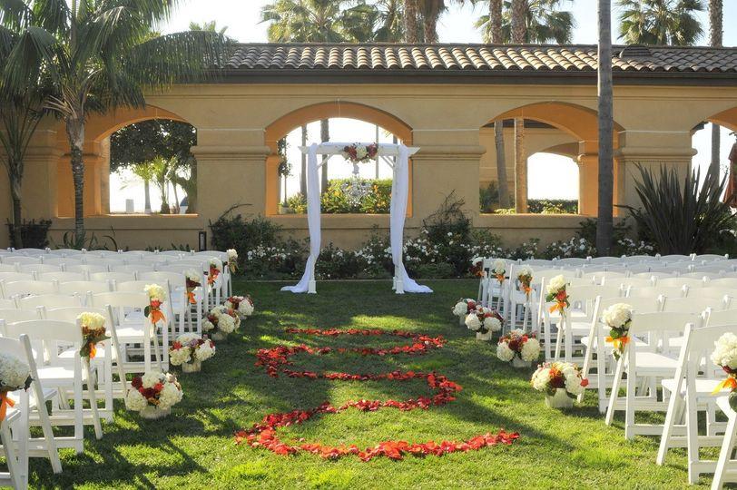 800x800 1443138390031 Garden Lawn Sunset; 800x800 1443138354361 Garden Lawn  Ceremony ...