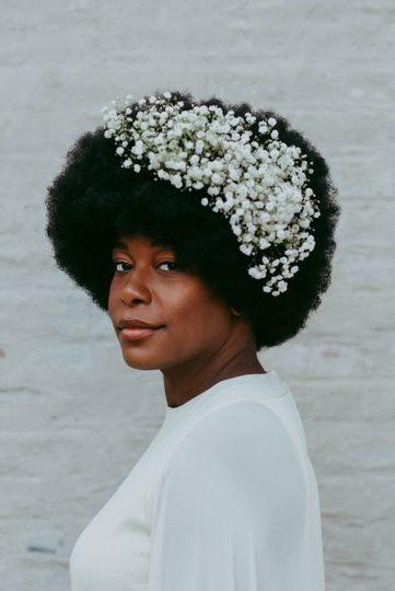 Bridal hair and floral notes