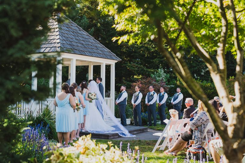 Wedding Garden-Roth Photo