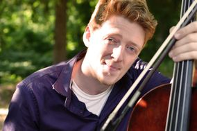 Cellist James Acampora