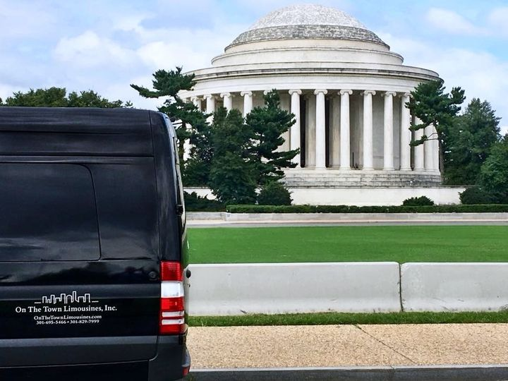 Tmx Admiral At Capitol Hill1 51 195949 157540244418849 Frederick wedding transportation