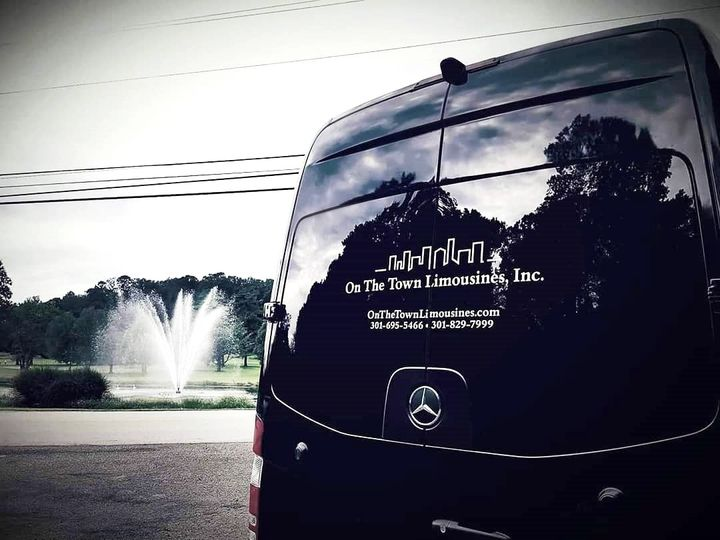 Tmx Admiral At Fountain1 51 195949 157540245328039 Frederick wedding transportation