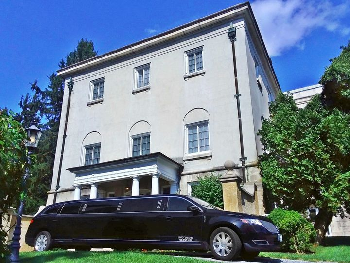 Tmx Chairman At Stone Manor1 51 195949 157540256959170 Frederick wedding transportation