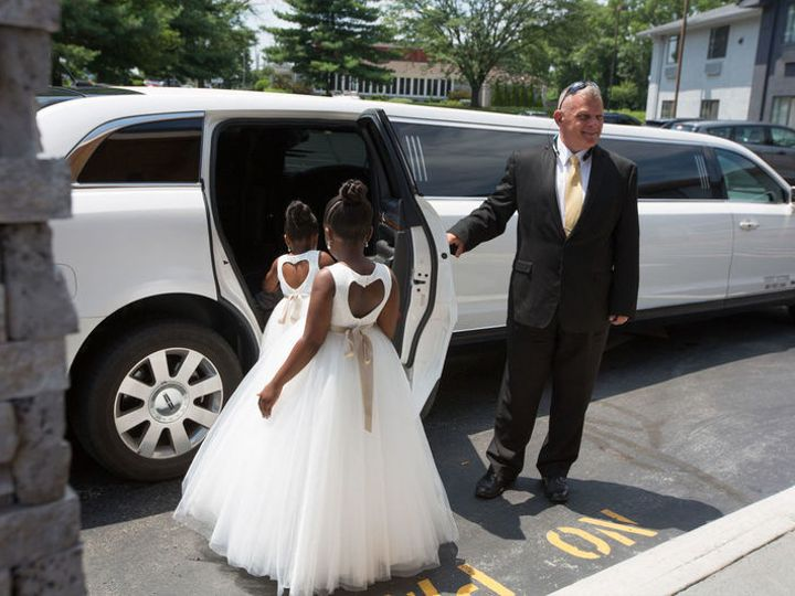 Tmx Wedding Wire Review Addition 800x800 On The Town Limousines Inc Frederick Md 274815 51 195949 Frederick wedding transportation