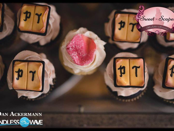 Tmx Paige Turner 6 51 757949 Rockaway, NJ wedding cake