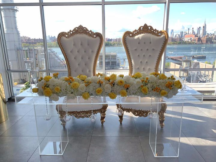 Bride and Groom Sitting Area