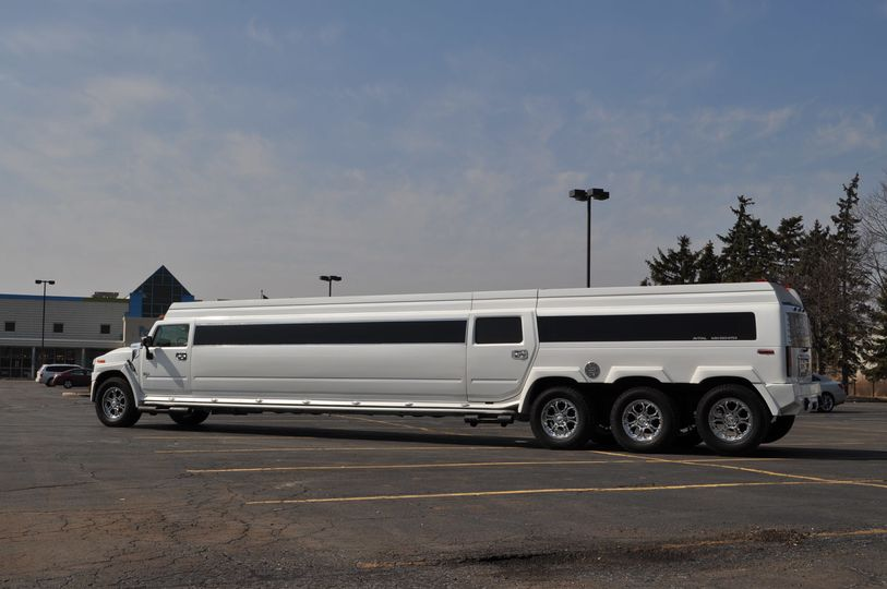 Extra long limo