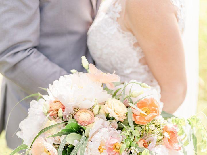 Tmx Shannon And Todd Favorites 135 51 1921059 157936062187217 Columbus, OH wedding florist