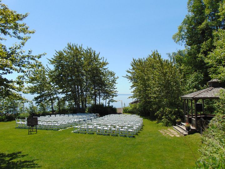 Lakeside Lawn Ceremony Site