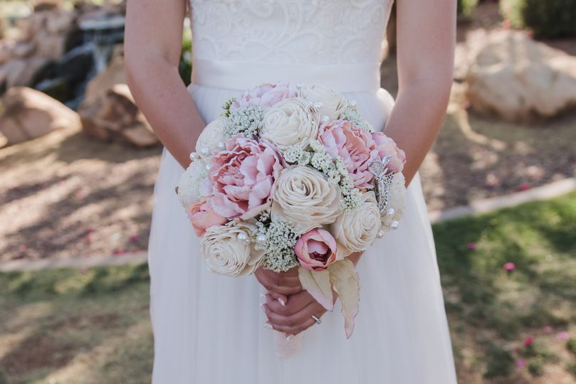 Bouquet with pink accents