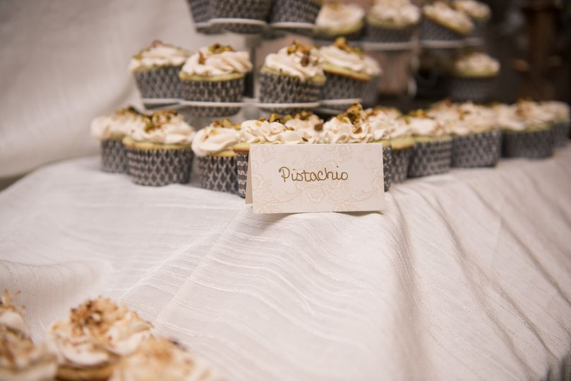 Scrumptious wedding favors