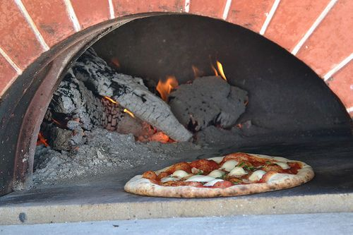 Tmx 1521610775 061ef0c4b86ef943 1521610774 26a9fe158a32c92b 1521610769617 7 Pizza Pic Guerneville, CA wedding catering