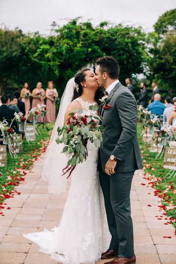 The newlyweds - Darbey Delaney Photography