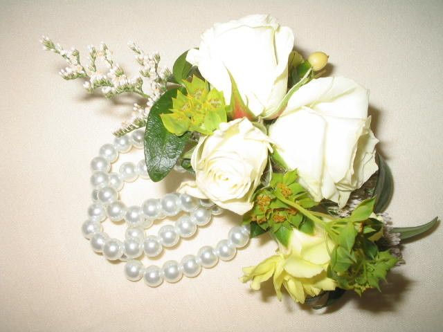 Roses with decoration