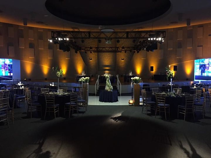 Tmx 1520105534 C88288a1495f859c 1520105533 5131ef45ae1e9155 1520105533103 5 28378374 101600016 Southfield, MI wedding venue