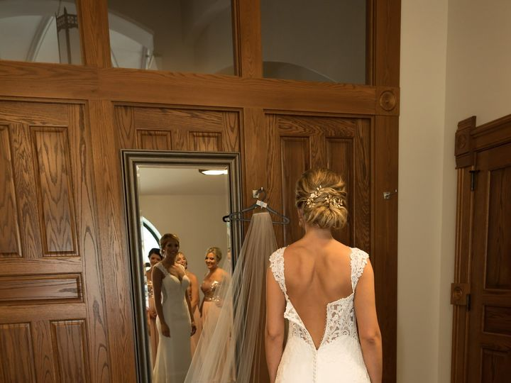 Tmx Highlight 19 2 51 1057159 158164051790181 West Bend, WI wedding photography