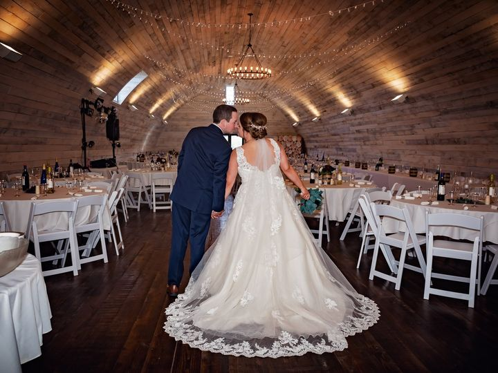 Tmx Holly And Kyle Social Media 22 51 1057159 West Bend, WI wedding photography