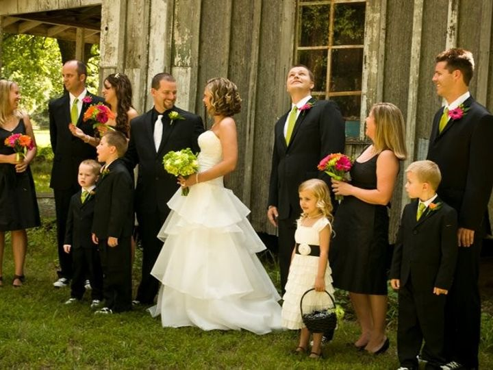 Tmx 1369352030989 Group Wedding Simpsonville wedding florist