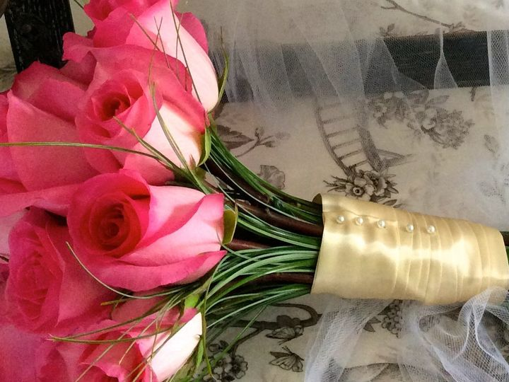 Tmx 1416165880977 Img0003 Kingston, Massachusetts wedding florist