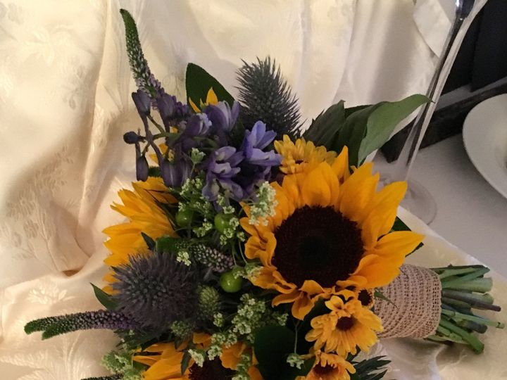 Tmx 1460569929840 Img0833 Kingston, Massachusetts wedding florist