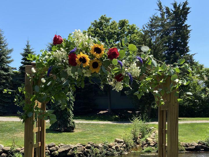 Tmx Img 0408 51 649159 160529112923330 Kingston, Massachusetts wedding florist