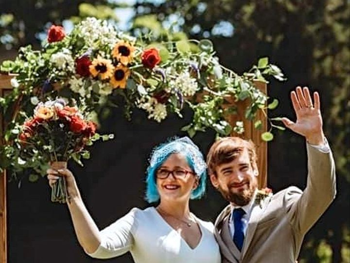 Tmx Img 0537 51 649159 160529102047657 Kingston, Massachusetts wedding florist