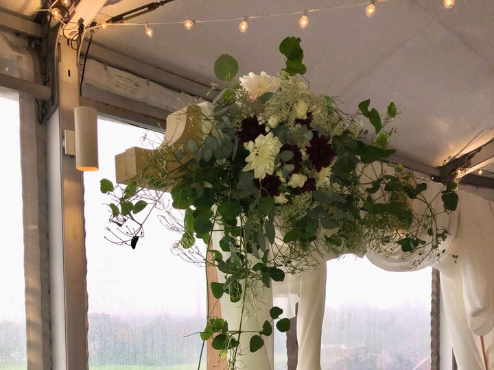 Tmx Img 4533 51 649159 157445834544185 Kingston, Massachusetts wedding florist