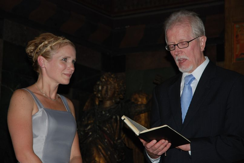 The bride and the officiant