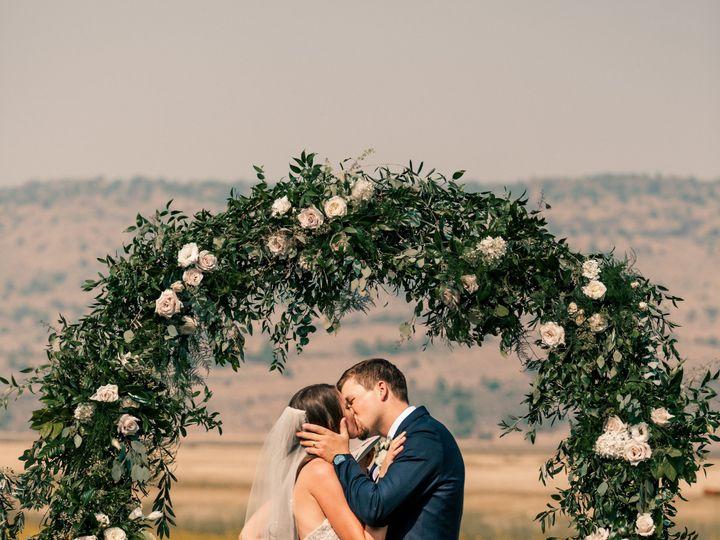 Tmx E65a8987 51 1121259 1570126322 Susanville, CA wedding florist