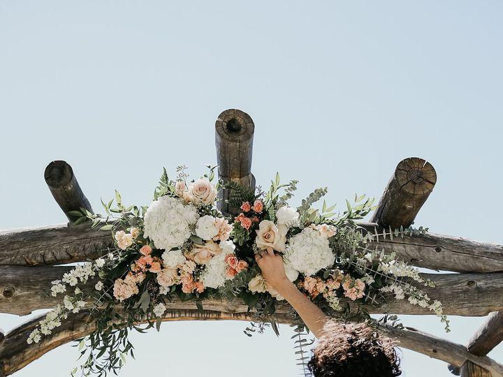 Tmx H43a5190 51 1121259 1570126701 Susanville, CA wedding florist
