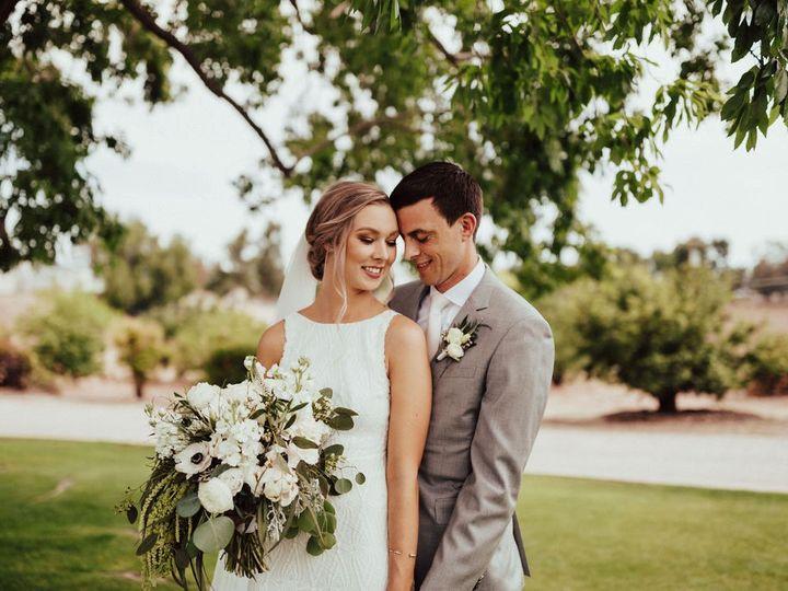 Tmx Na3a0720 51 1121259 1570126588 Susanville, CA wedding florist