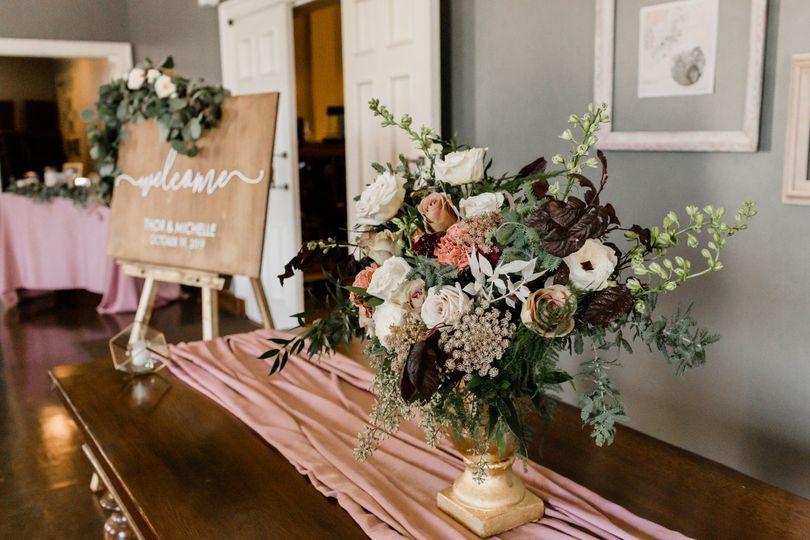 Foyer arrangement