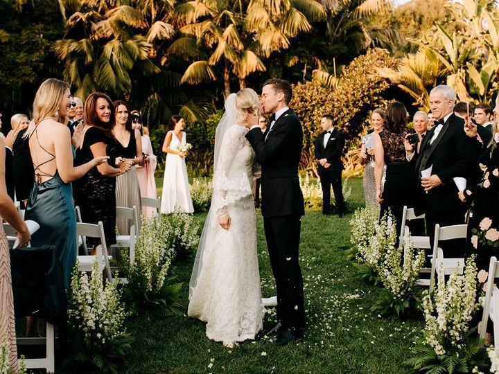 Tmx Chanelcorey Sneaks 57 51 996259 Los Angeles, CA wedding florist