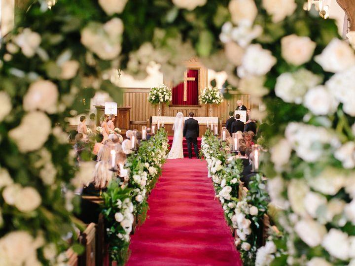 Tmx 1516806219 6c2f2dc438fc475e 1516806216 961fd001610d06e8 1516806186234 4 Church Bettendorf, Iowa wedding planner