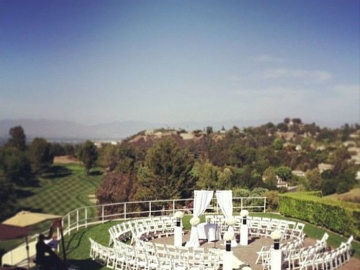 Tmx 1536795260 190dfa41901c8d55 Circular Ceremony Tarzana, CA wedding venue