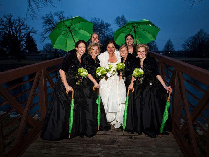 Tmx 1530631973 25004140a9116e72 1530631972 E5cb3d57bce4dd30 1530631951081 72 Umbrella Burlington, WI wedding venue