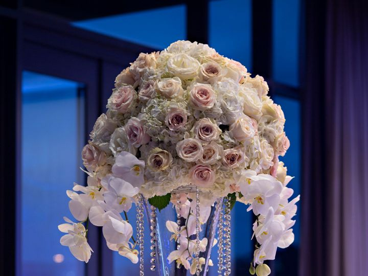 Tmx Mh Houns Oak Ballroom Social Detail 7 Edit 51 1048259 1558641812 Spring, TX wedding venue
