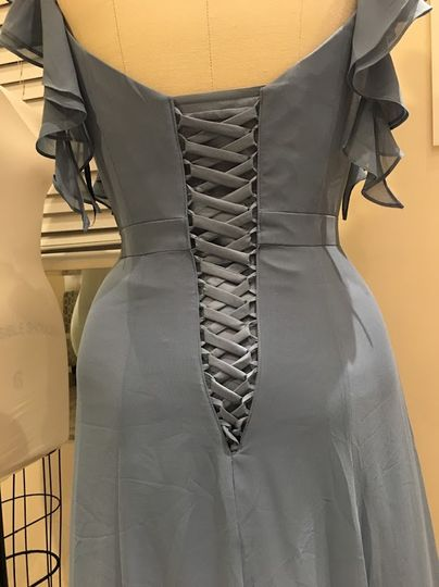 Lace-up corset fixes issue