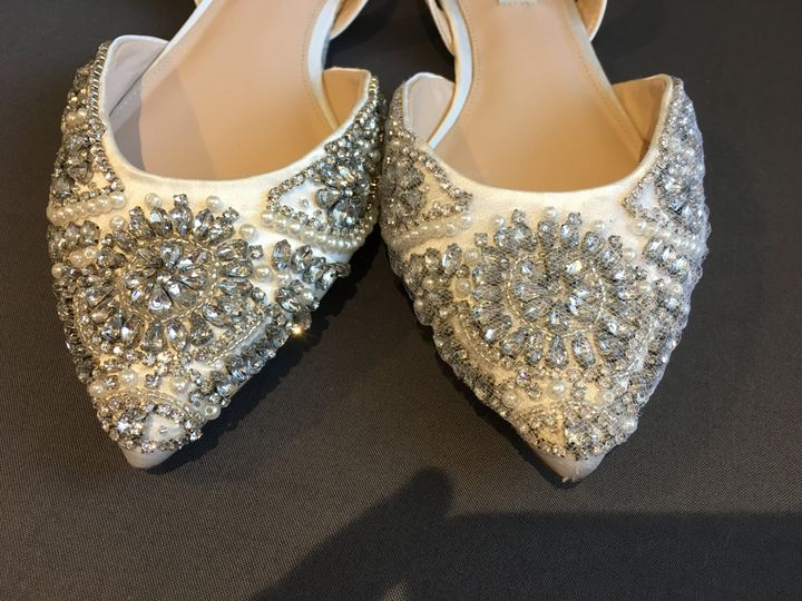 Tulle covered shoe, no snag