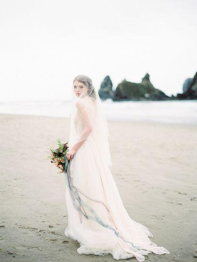dani cowan photography coastal bride on film
