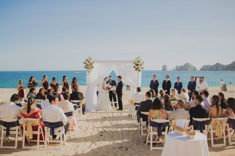 Beach wedding in Cabo, Mexico