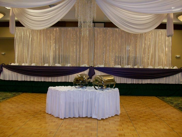 800x800 1352308372918 weddings141