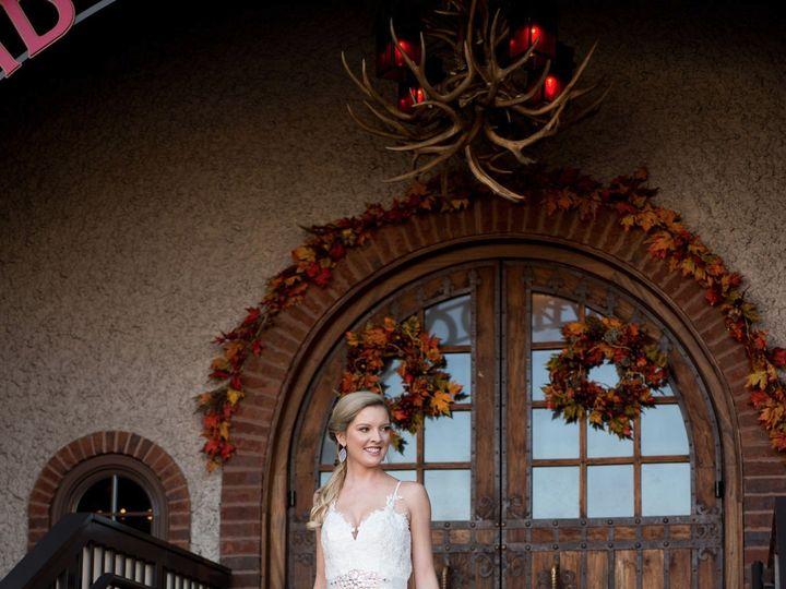 Tmx 2018ellienavarrophoto 4768 51 981359 1559934565 Asheville, NC wedding beauty