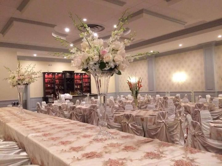 Reception with white details