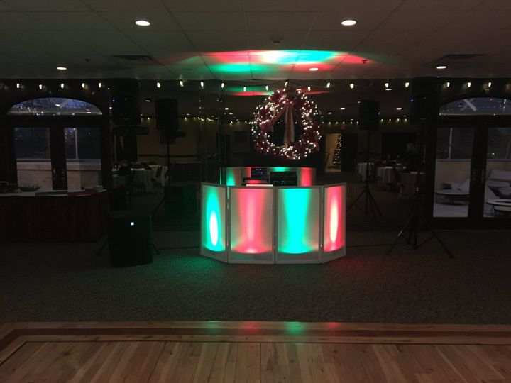 Holiday party lighting