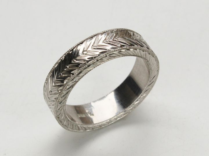 hand carved mens ring 1