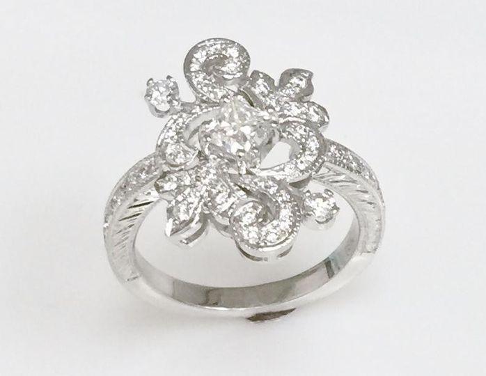vintage design ring